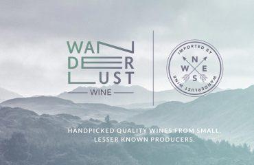 Peisaj cu logo Wanderlust
