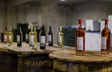 Dagon wines on table
